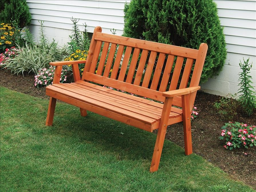 Traditional English Garden Bench Of Western Red Cedar